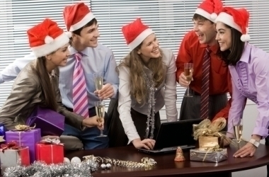 How To Enjoy Your Holiday Office Party (Without Making A Spectacle Of Yourself)